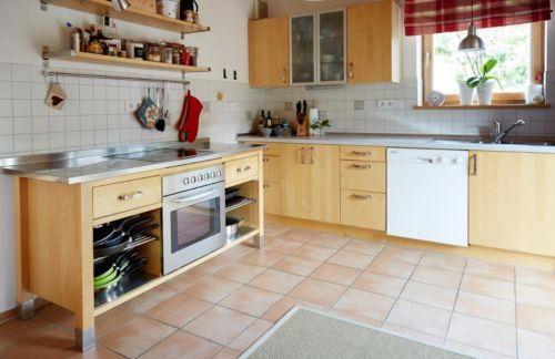 Vollständige Küche abzugeben Guter Zustand Bestehend aus einem - küchen gebraucht kaufen