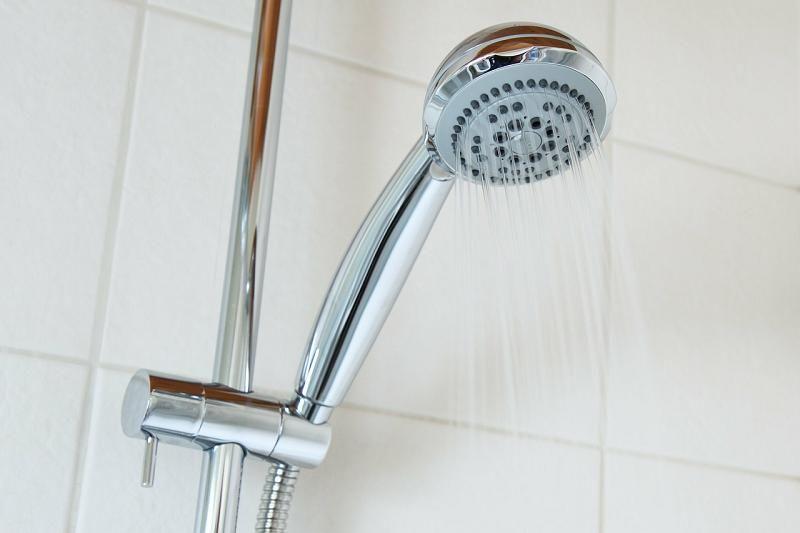 C mo quitar el jab n de los azulejos del ba o no cada d a limpiamos los azulejos del ba o y es - Como se limpian los azulejos del bano ...
