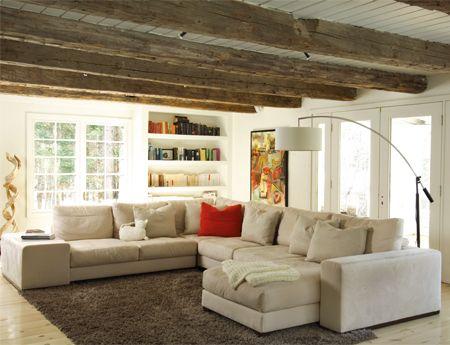 m lange plafond blanc avec poutres rustiques poutres plafond pinterest plafond blanc. Black Bedroom Furniture Sets. Home Design Ideas