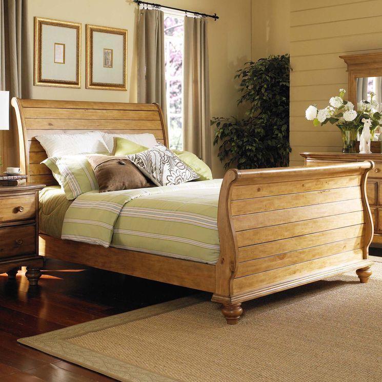 Hamptons Sleigh Bed Pine bedroom furniture, Bedroom