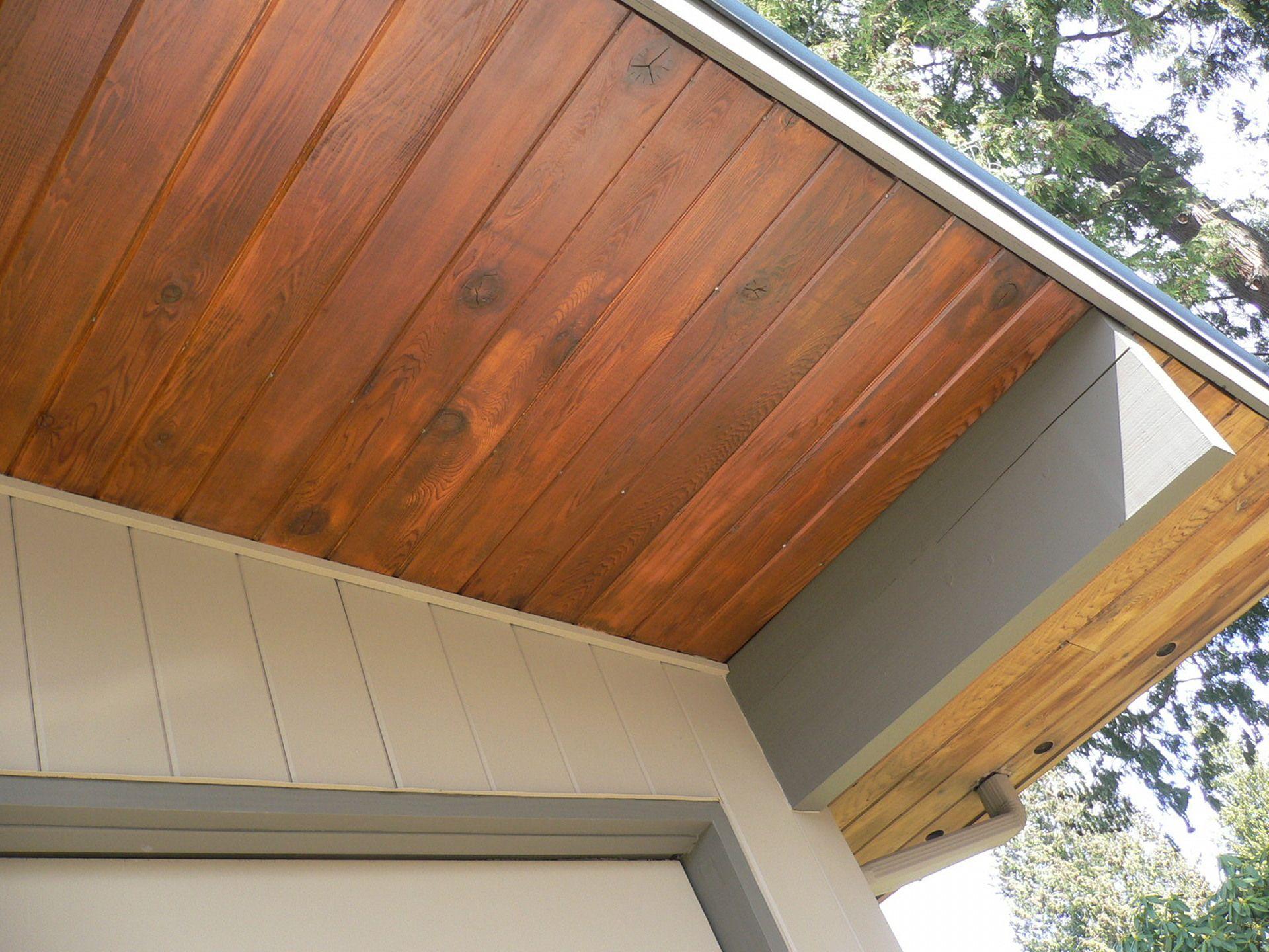 Soffits Jpg 1 920 1 440 Pixels Vinyl Siding Soffit Wood Siding Exterior House Exterior