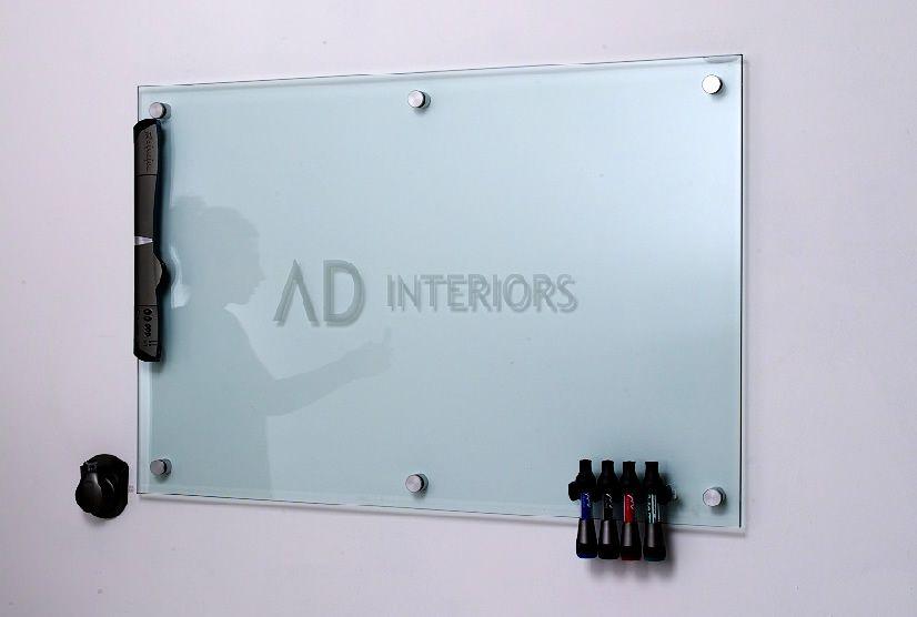 Plexiglass Or Glass White Board Use Instead Of Chalk Art Ave Six Salas De Entrenamiento Decoracion Oficina Oficinas