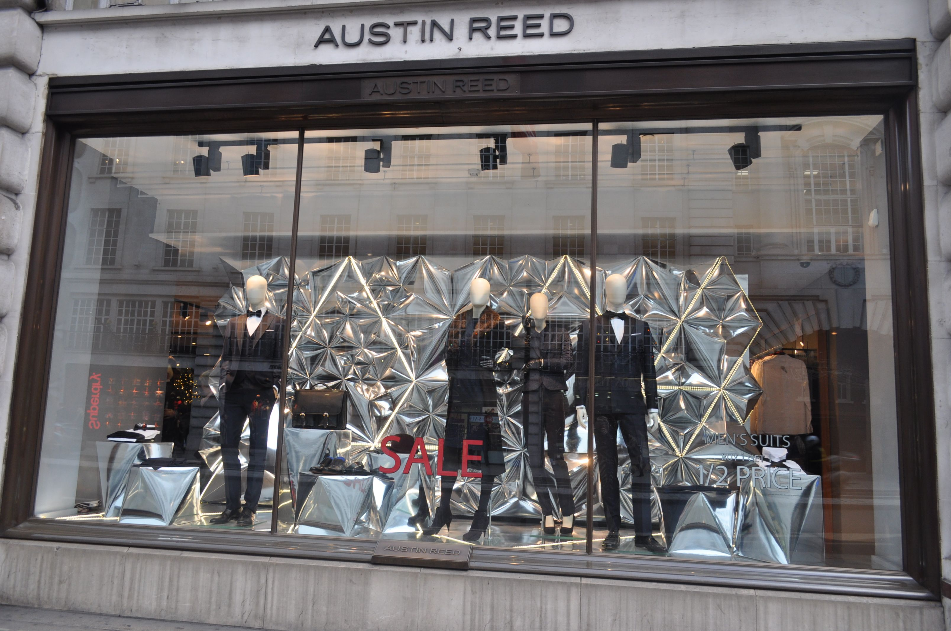 Austin Reed Regent Street Kerrie Kent Freelance Visual Merchandiser Visual Merchandising Austin Reed Fashion Displays