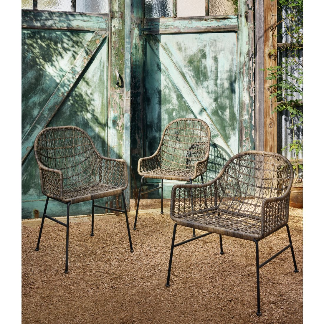 Modern Rendition Of Rattan Outdoor Chairs Outdoor Dining Chairs Dining Chairs Woven Dining Chairs