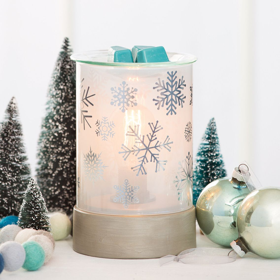 New for Autumn / Winter 2016 Lightbulb Warmers Silver Frost ...