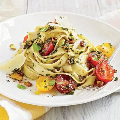 20-minute Fettuccine with Pistachio-Mint Pesto and Tomatoes | CookingLight.com