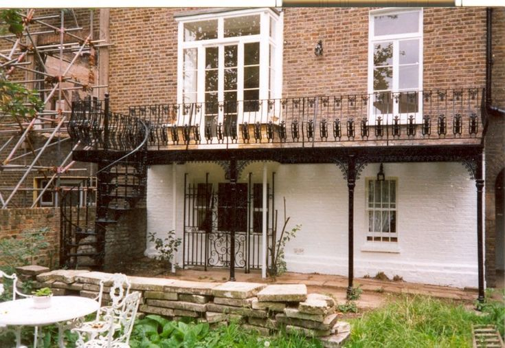 Best Cast Iron Balcony With Spiral Stair Google Search 640 x 480