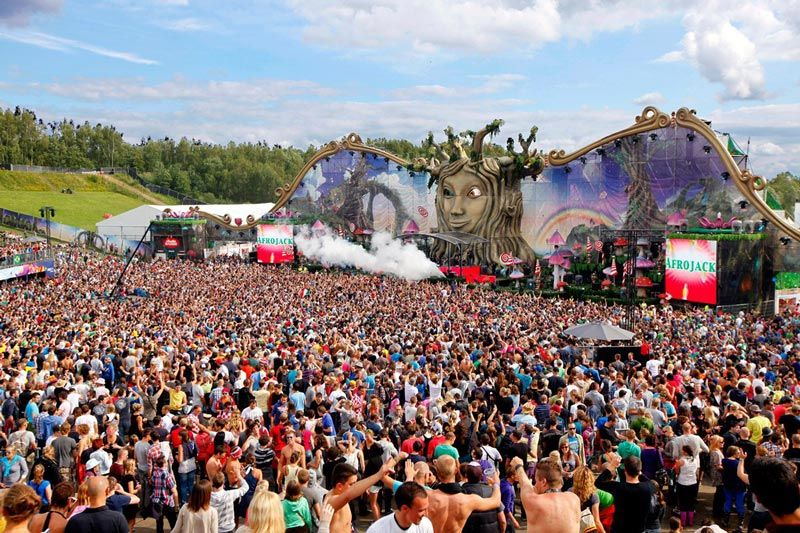 The Amazing Stage Designs of the Tomorrowland Music Festival