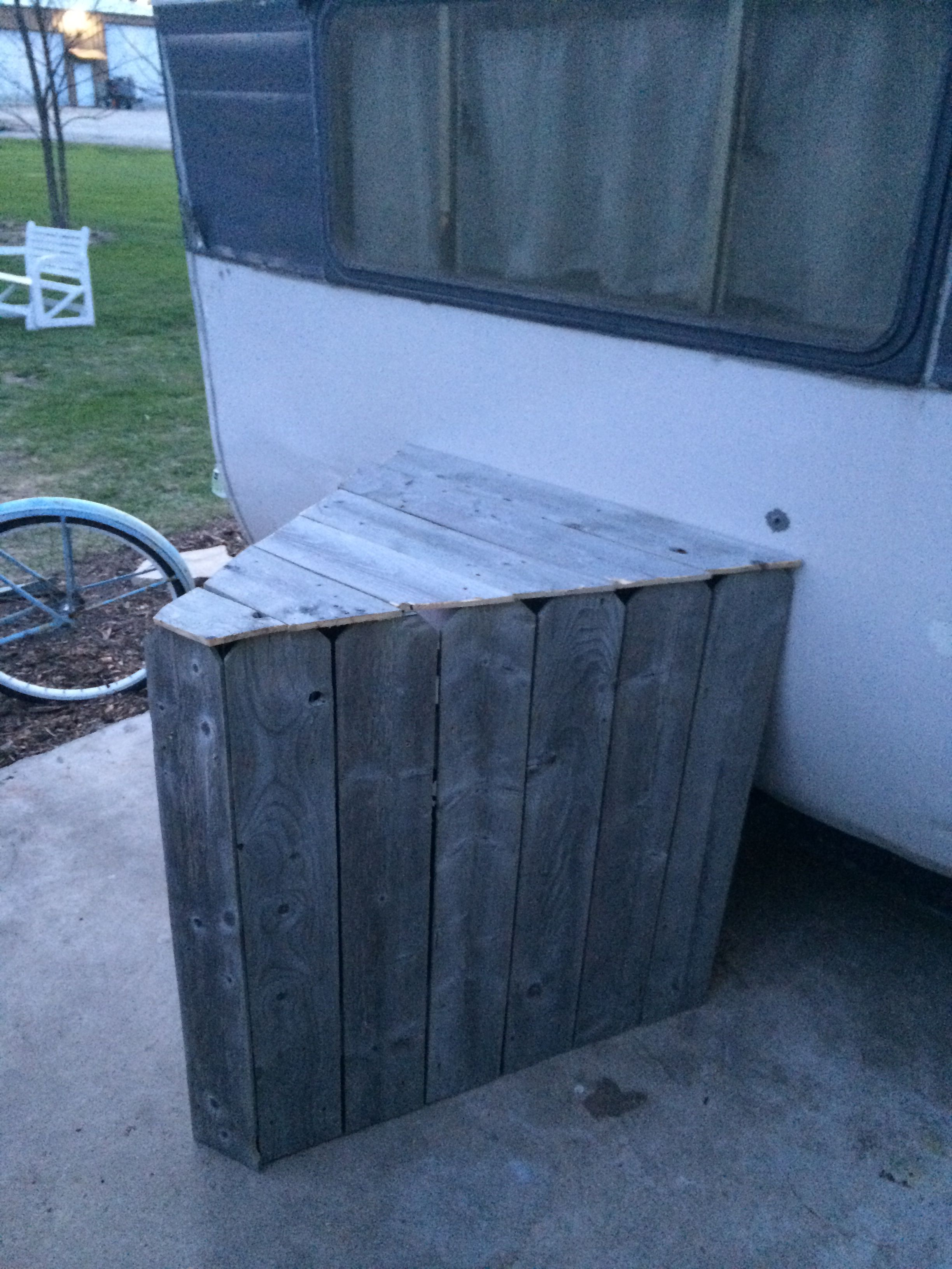 Weathered Stockade Fencing To Cover Trailer Tongue On Our Canned