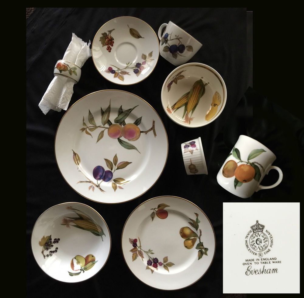 Royal Worcester Evesham Gold (4) 9 Piece Place Settings England NEVER Used #RoyalWorcester & Royal Worcester Evesham Gold (4) 9 Piece Place Settings England ...
