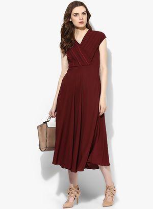 b50abb8819a7 Maroon Dresses for Women - Buy Maroon Women Dresses Online in India ...