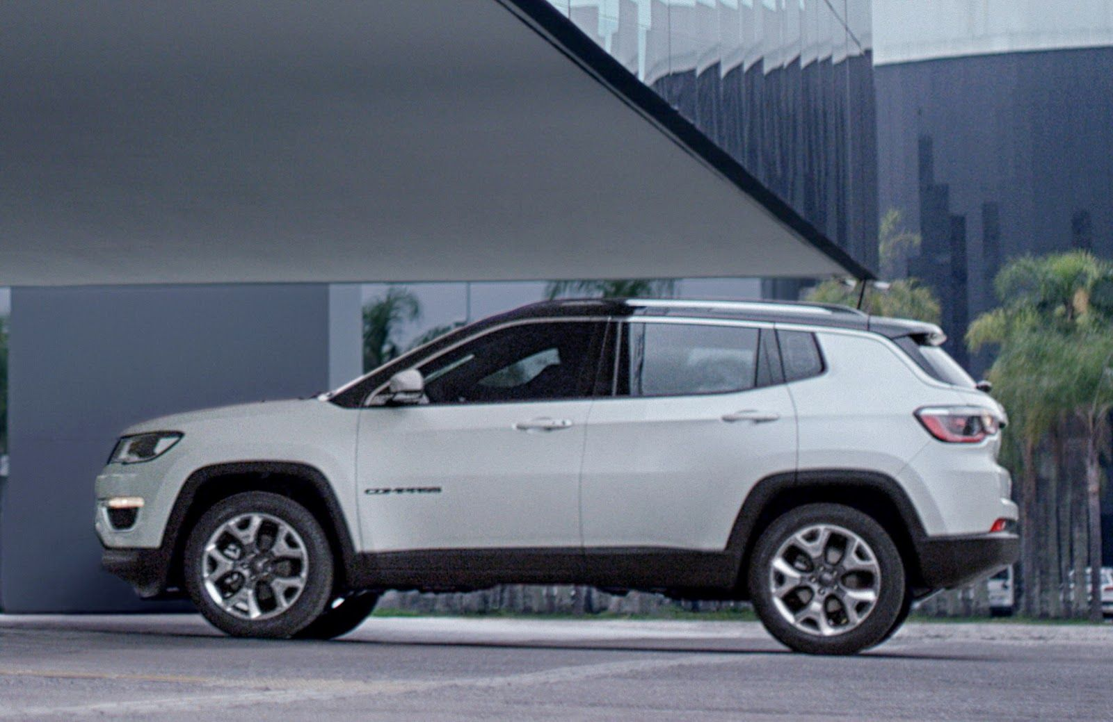 2017 Jeep Compass Revealed, Looks Like A Smaller Grand