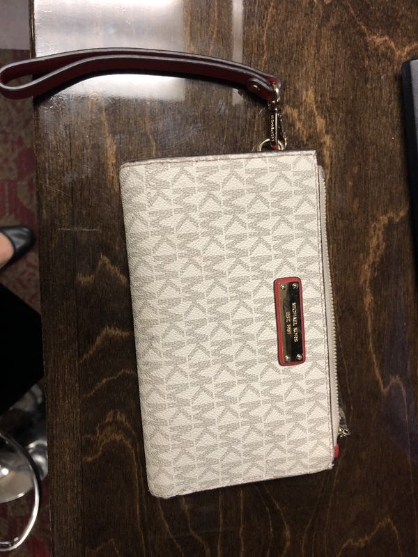 special for shoe new arrive new collection Michael Kors wallet in 2019   Michael kors, Michael kors ...