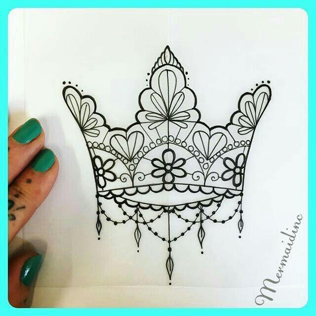 pin de en pinterest coronas tatuajes y reinas. Black Bedroom Furniture Sets. Home Design Ideas