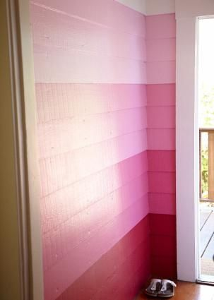 ombre wall...This would be great on a cement block wall, like on a patio!