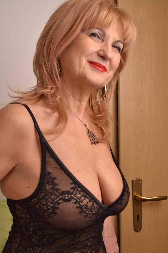 Mature Sexy Woman In Black Underwear Gilf Sexy Mature
