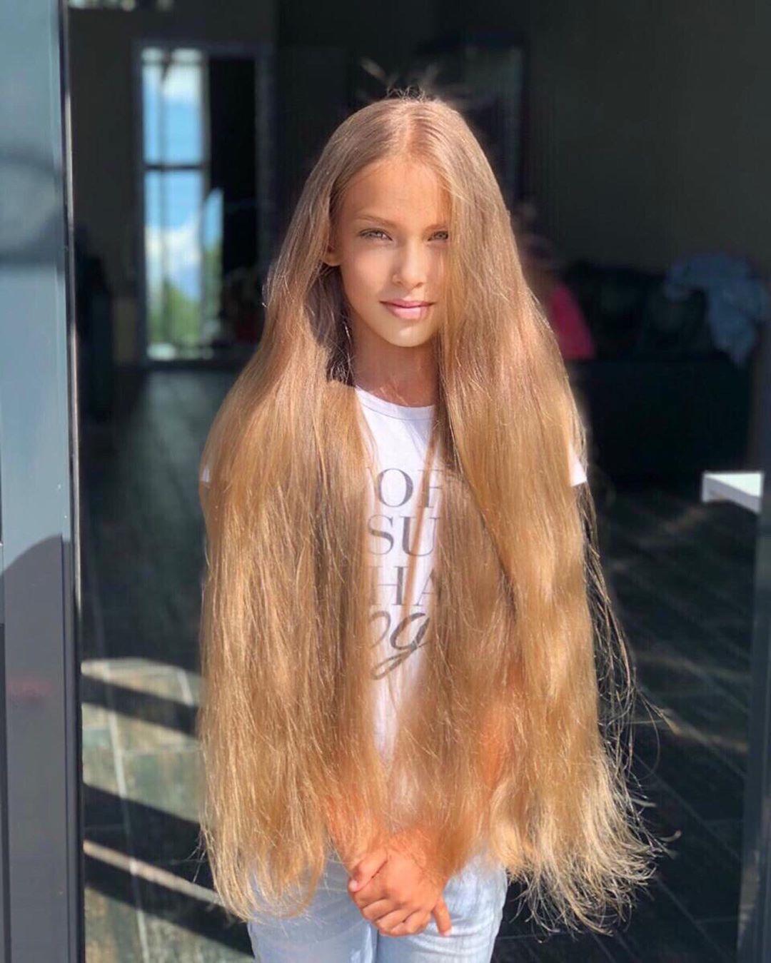 Pin von Derek Pringle auf Fashion in 2020   Lange blonde
