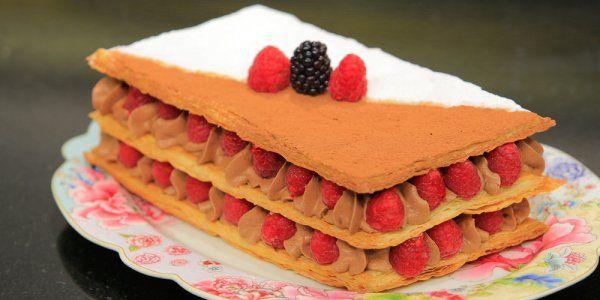 Cbc Sofra طريقة تحضير تورتة ميلفيه بكريمة الشيكولاتة غادة التلي Recipe Food Desserts Cake
