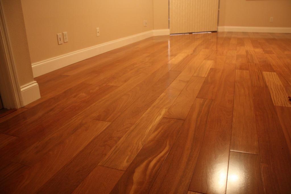 How to repair scratches keep your hardwood floors like for Bellawood hardwood floors