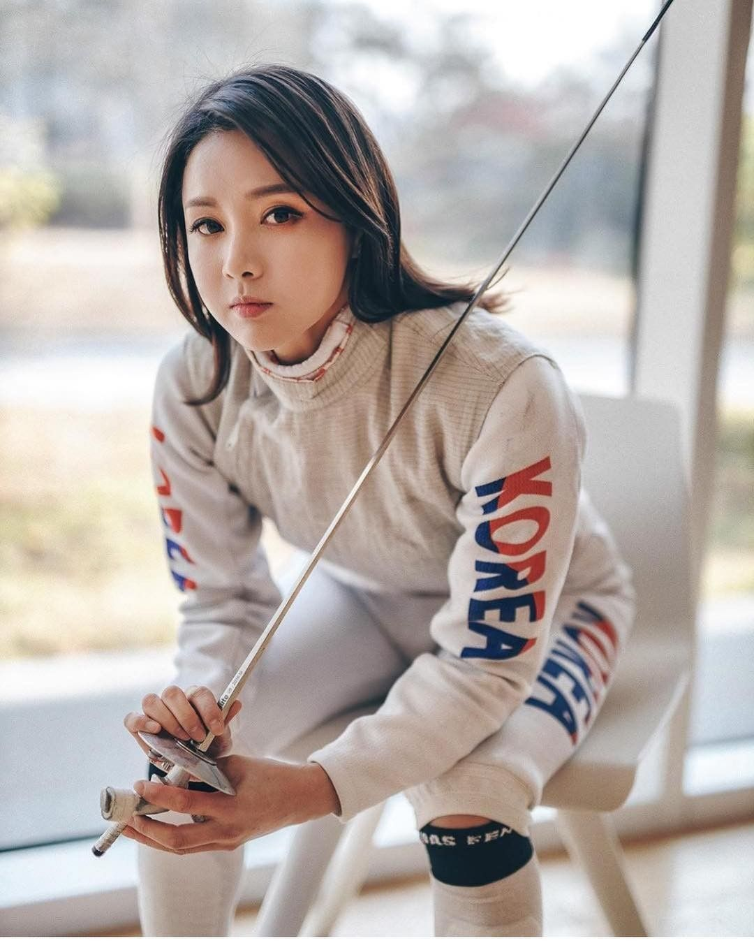 Pin By Brynnamon Roll On Fencing Beautiful Athletes Olympic Fencing Fencing Sport