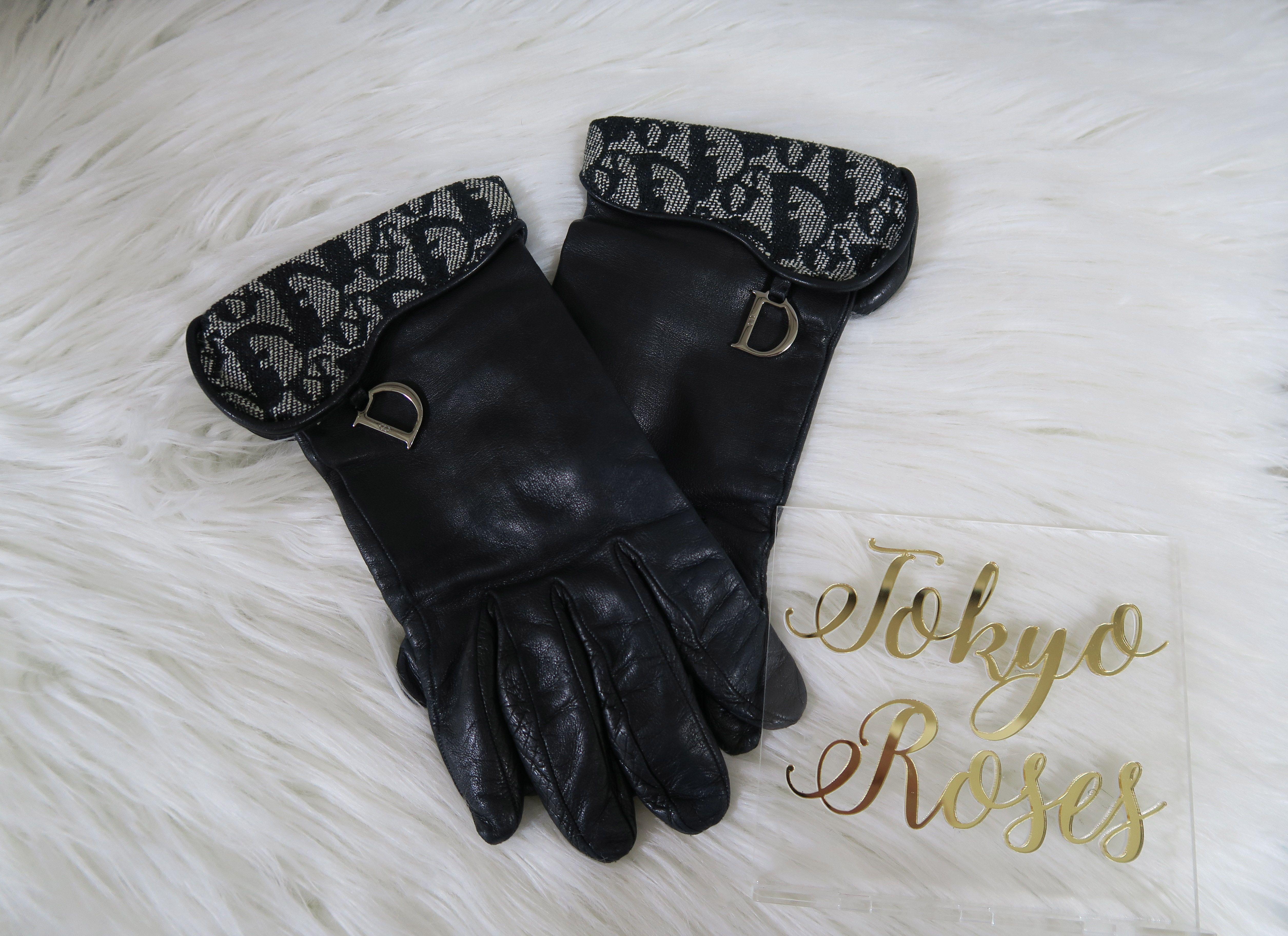 1e1603a823 Vintage Leather Christian Dior Logo Charm Gloves Trotter Oblique ...