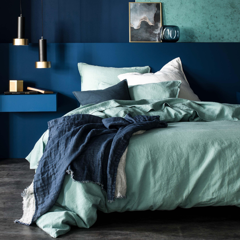 Chambre Bleu Ciel Et Lin linge de lit rêve de lin vert d'eau et plaid jeté de lin