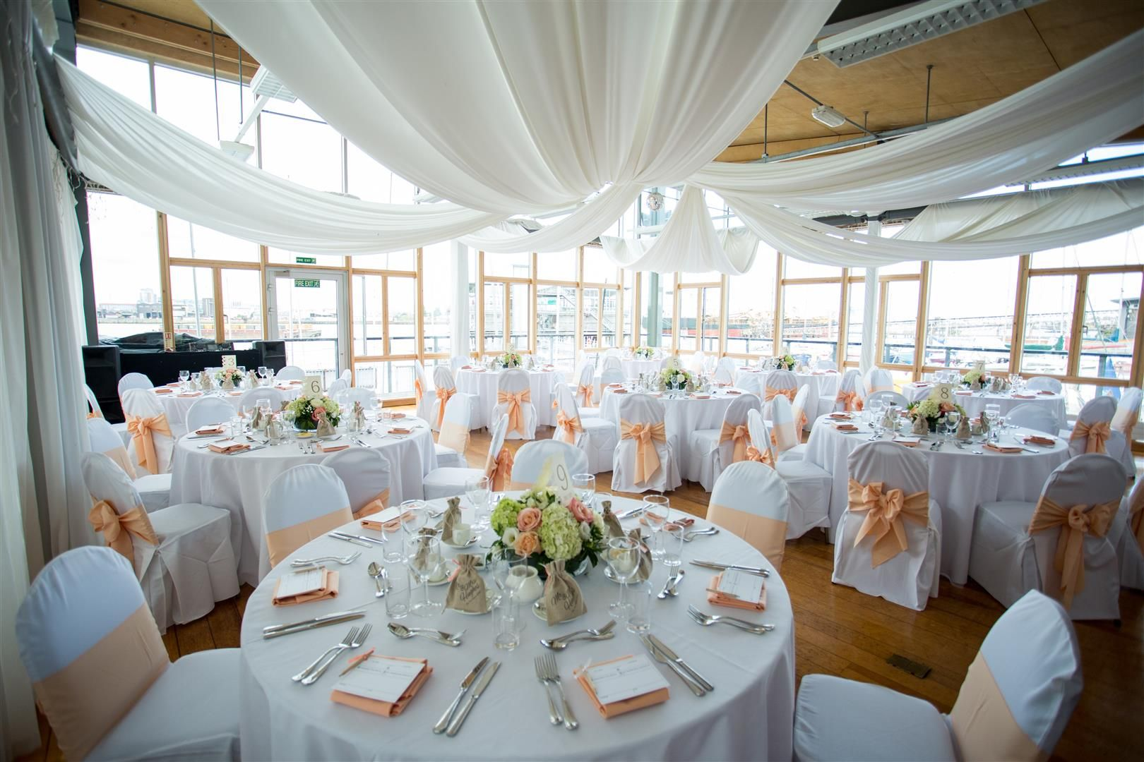 Classy And Elegant London Wedding Venue The River Rooms At Greenwich Yacht Club
