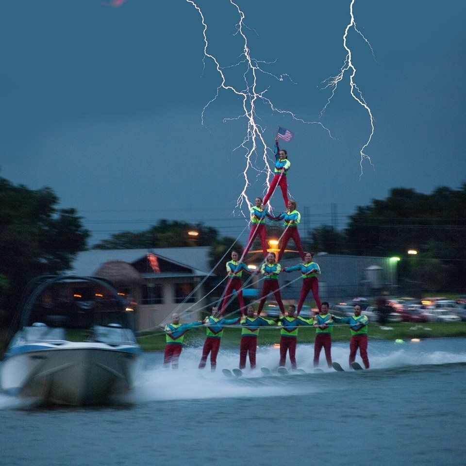Scary Summer Water Fun Dangers Water Ski Demo Group Create A 4 Level Pyramid Just As Lightning Storm Approaches Amazing Weat Funny Memes Danger Photo Funny Pictures
