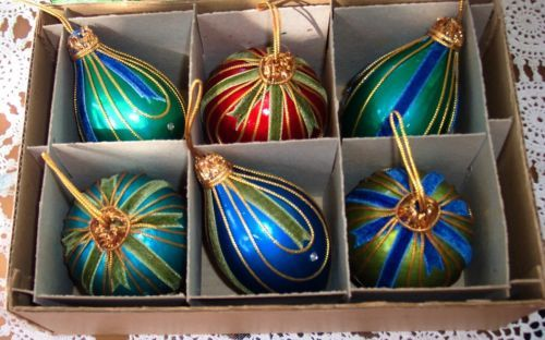 """Christmas Ornaments, Vintage Colorful 1960's, 4"""" & 3"""" Long, JAPAN 6 ct With Box"""