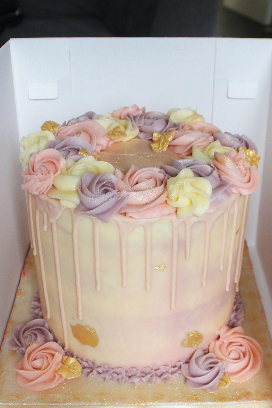Floral ring vanilla drip cake with gold leaf kaiesha