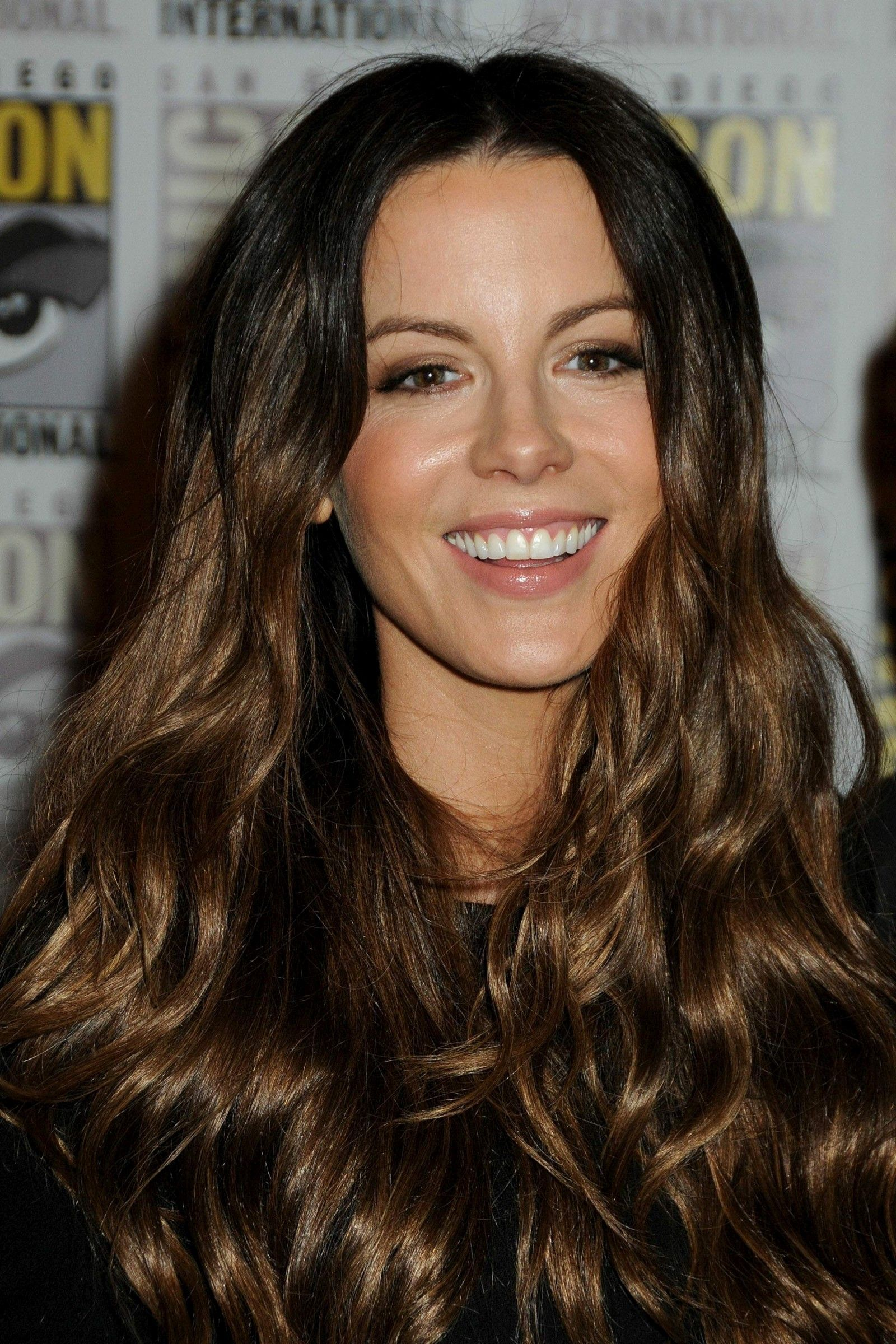 "Kate Beckinsale ""The Underworld"" Panel at 2011 ic Con"