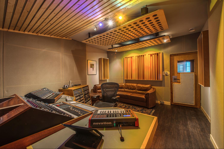 Screen Shot 2015 01 20 At 12 14 31 Png Home Studio Setup Recording Studio Recording Studio Home