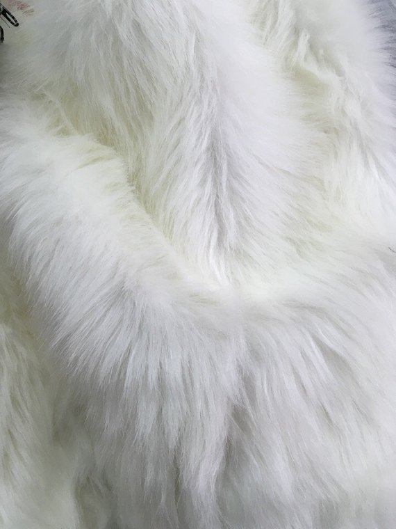 0 5m White Milk Bear Faux Long Pile Fur Fabric For Rugs Toys Costumes Width 150cm 59 Inches Faux Fur Fabric Fur Fabrics Milk Color