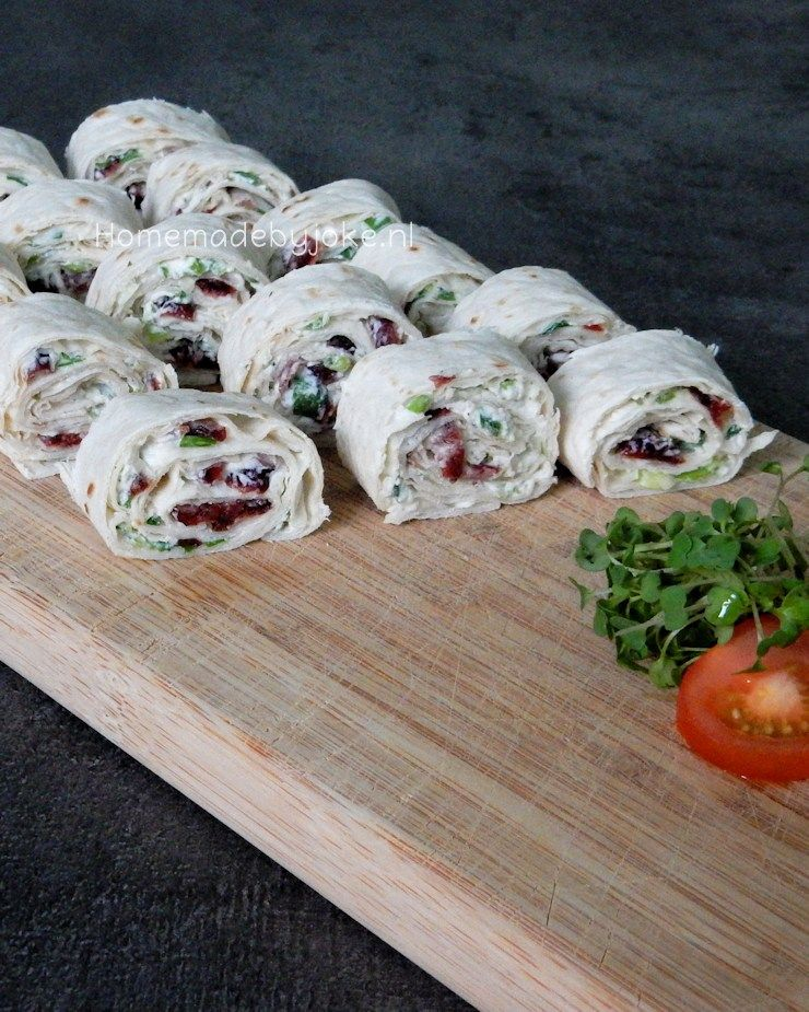 Wrap hapjes met cranberry en roomkaas - Homemade by Joke #wrapshapjes