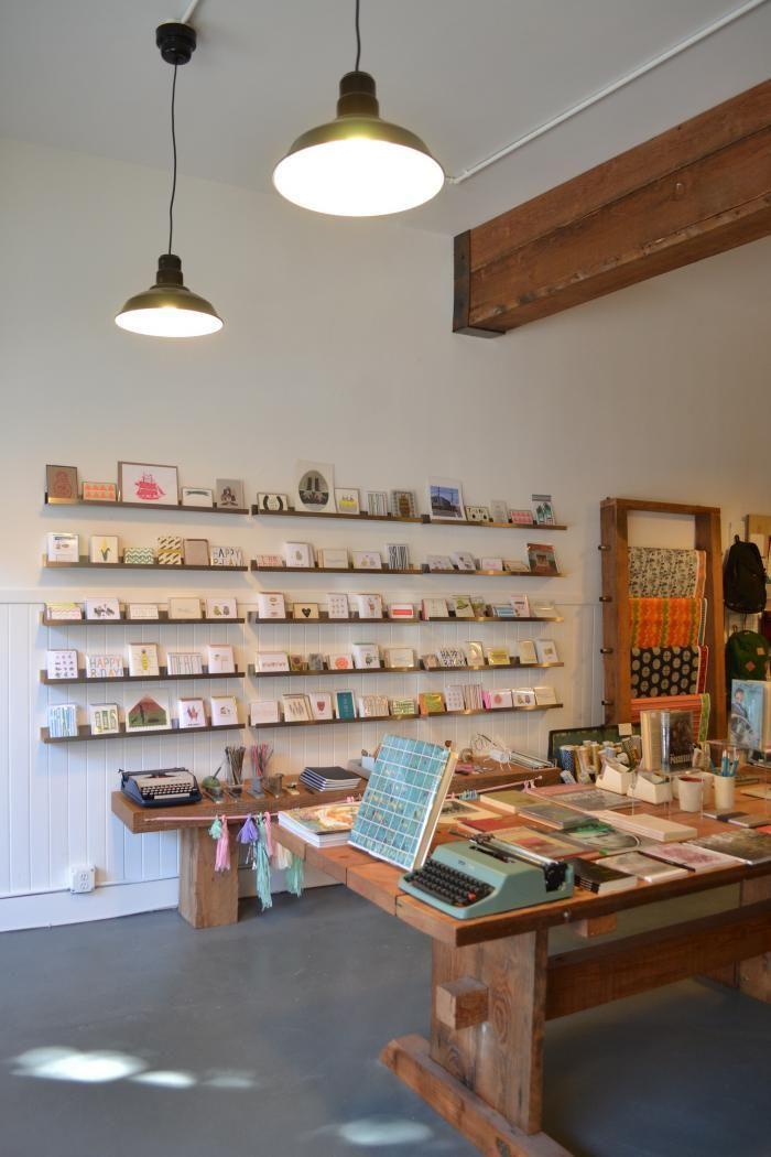 An Sf Book Shop Inspired By Esprit 이미지 포함 인테리어