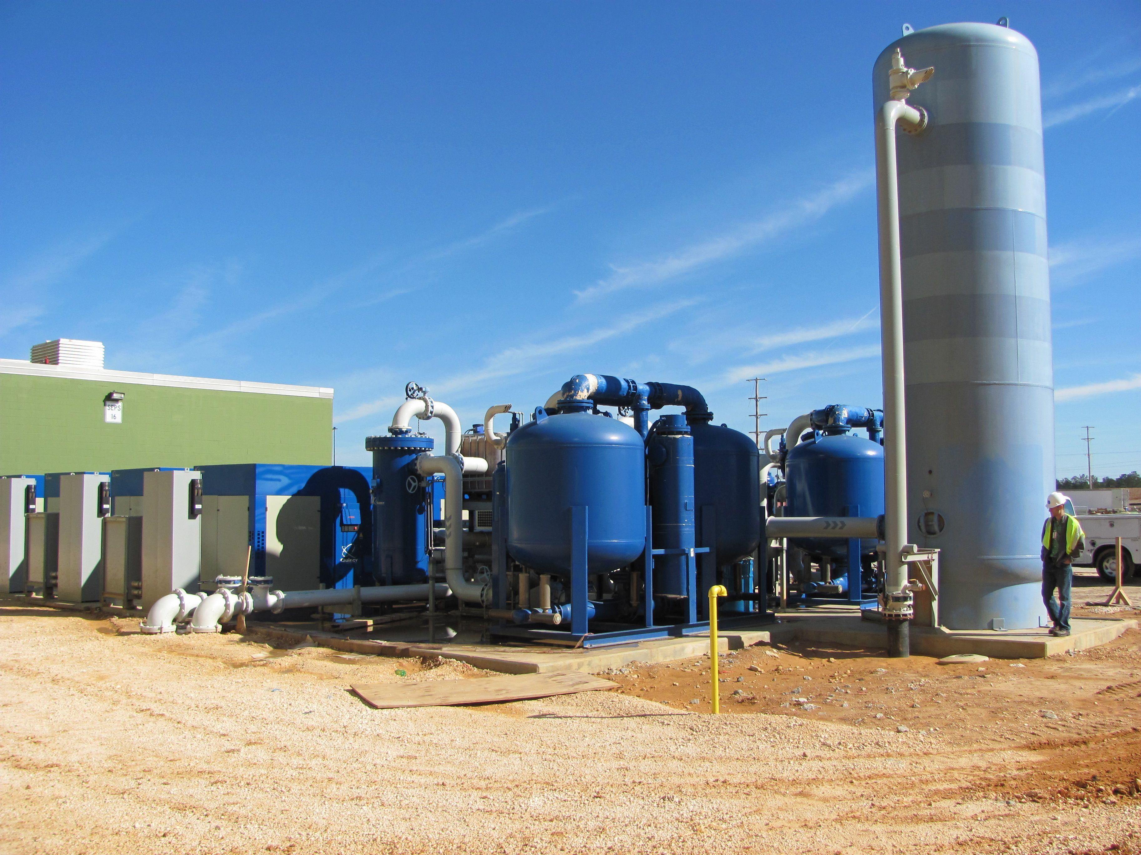 Quincy compressor installation photo Vacuum pump, Air