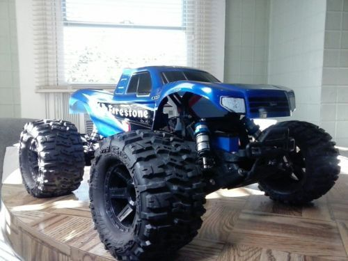 Traxxas Bigfoot Custom Charger And Lipos Close To Mint