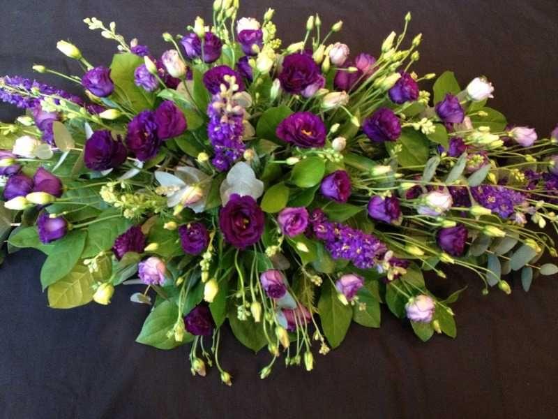 Single Ended Sprays And Posy Sympathy Designs Sympathy Flowers Memorial Flowers Funeral Flowers