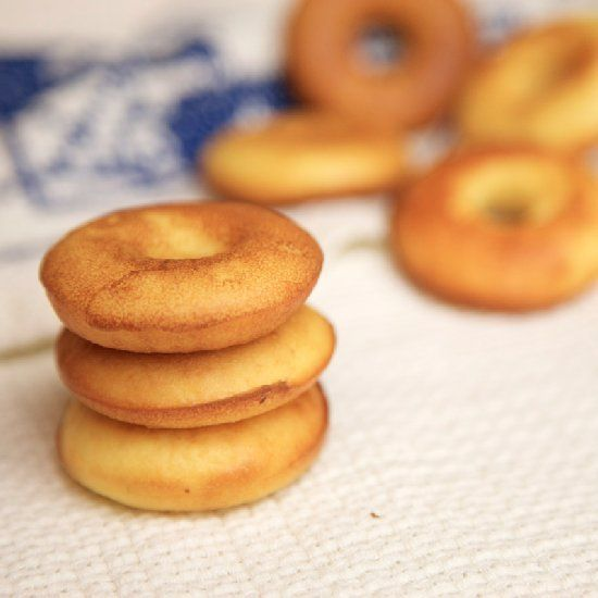 flourless and sugar free donuts made with curd (in Polish)