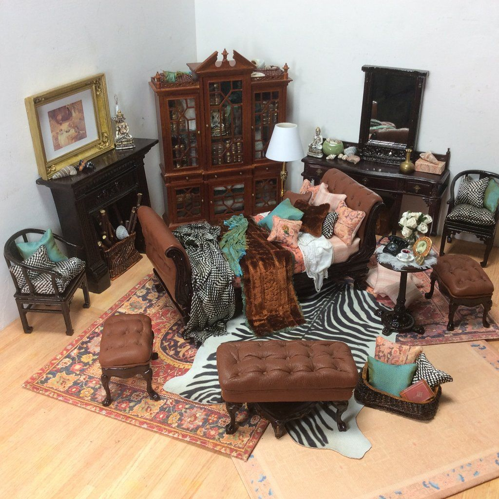 """Mahogany Vanity Chair MUSEUM QUALITY DOLLHOUSE FURNITURE 1:12 or 1/"""" Scale BESPAQ"""