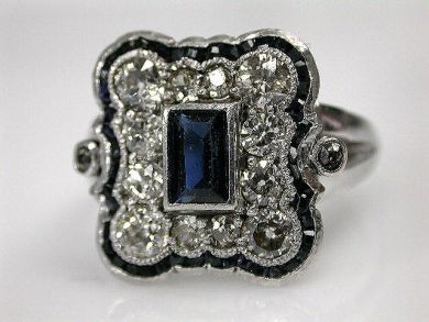 Vintage Sapphire Ring - Gorgeous!