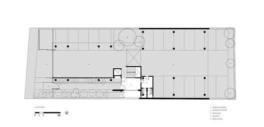 Galería de Edificio Rosas 121 / - \u003d + x - - 19 Edificios, Planta