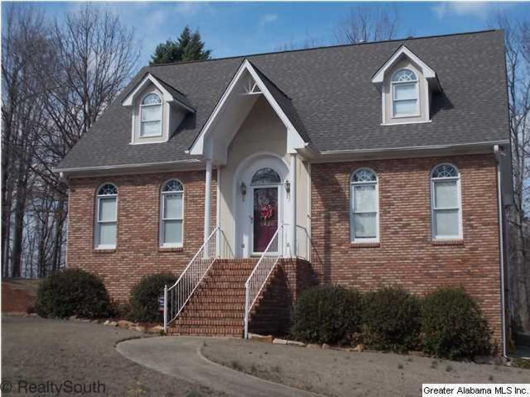 2 story master bedroom  BEAUTIFUL AND SPACIOUS BRICK  STORY HOME LOCATED IN HIGHLANDD