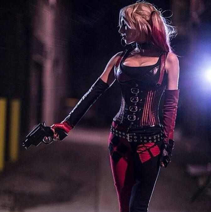 A dream within a dream • Posts Tagged 'harley quinn'