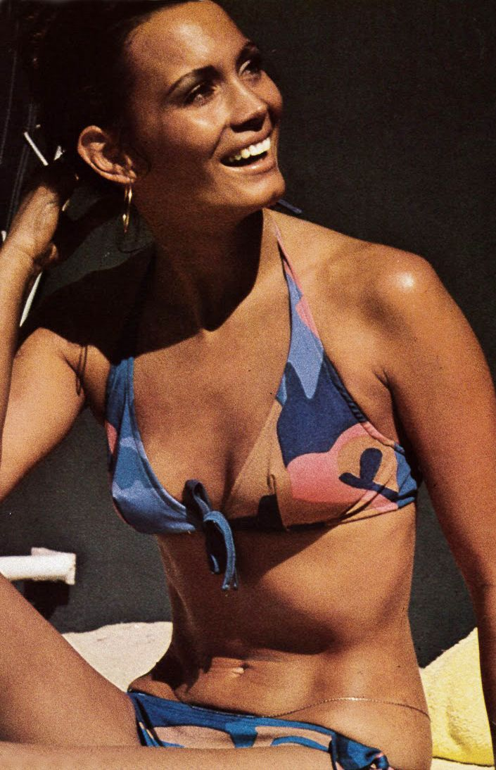 33970011947 Bikini, May 1971 - Paris Vogue. 70s beach style. | 1970s Summer ...