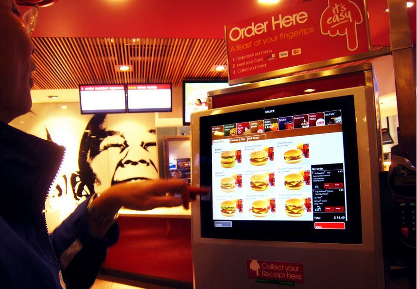 Mcdonald S Ceo Robots Cost Less Than Paying A 15 Minimum Wage Lost In America Kiosk Design Mcdonalds