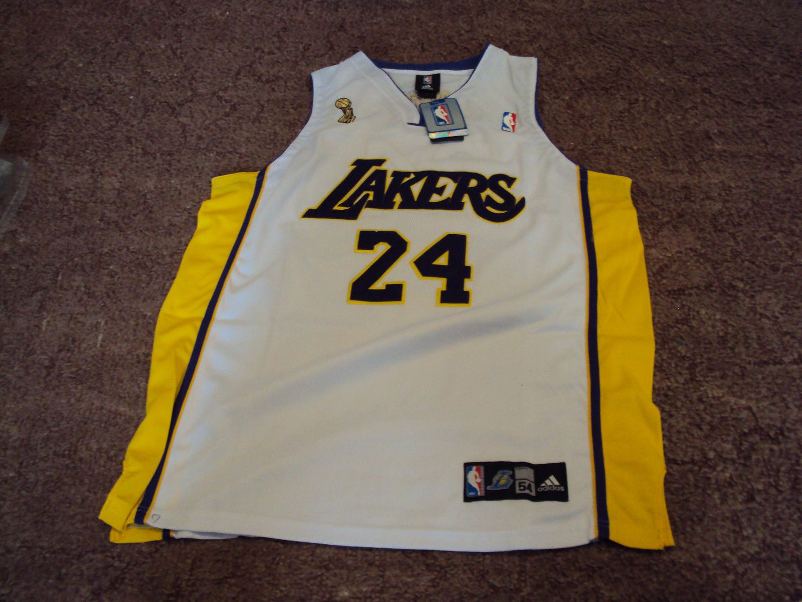 24 KOBE BRYANT Los Angeles Lakers NBA Shooting Guard 1996