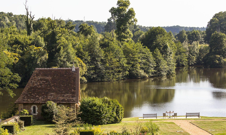 Visite du Domaines des étangs, hôtel de luxe à Massignac © Pluris
