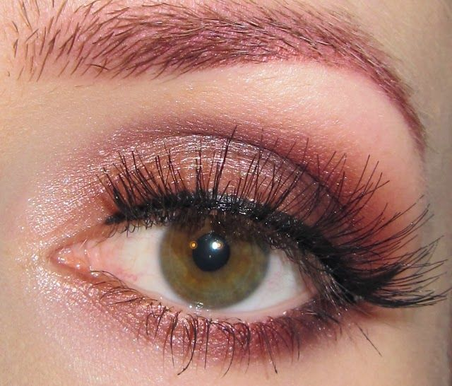 Neutral Pink Plum And Red Eye Makeup Look Red Eye Makeup Eye