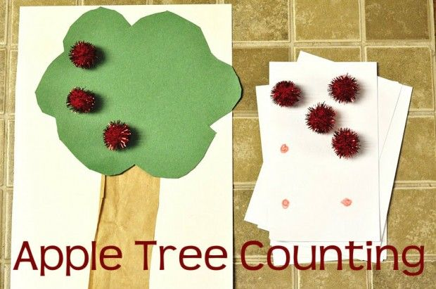 apple tree counting busy bag  number on one side of the card and dots to coorespond on the reverse side to check for accuracy.  Very smart!